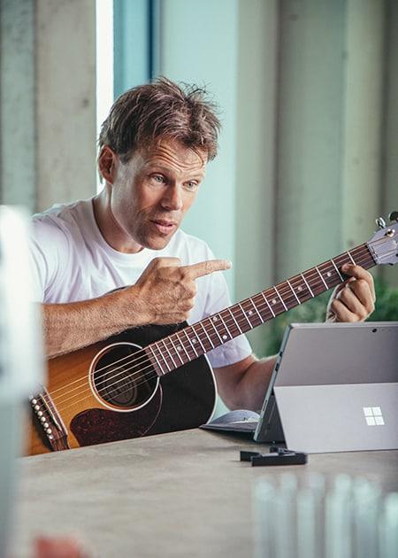 gratis gitaarles van Jaap Kwakman